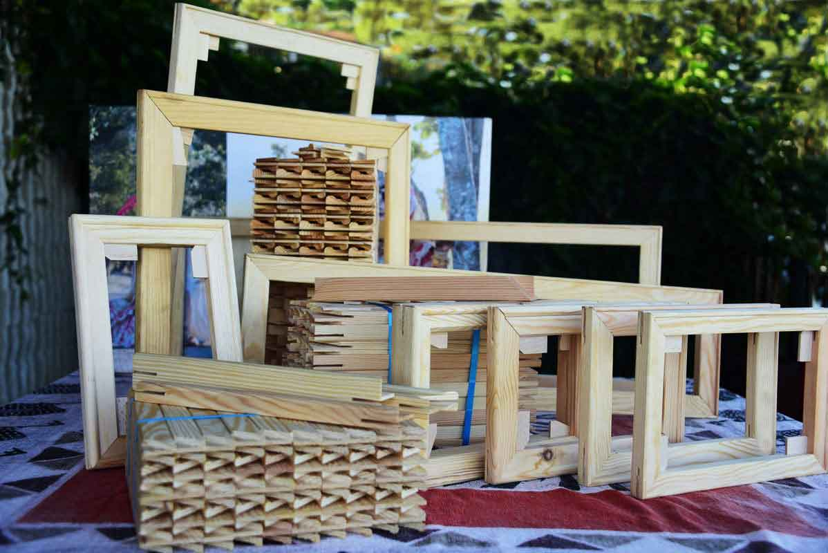 Stretched canvas frames made from European pine